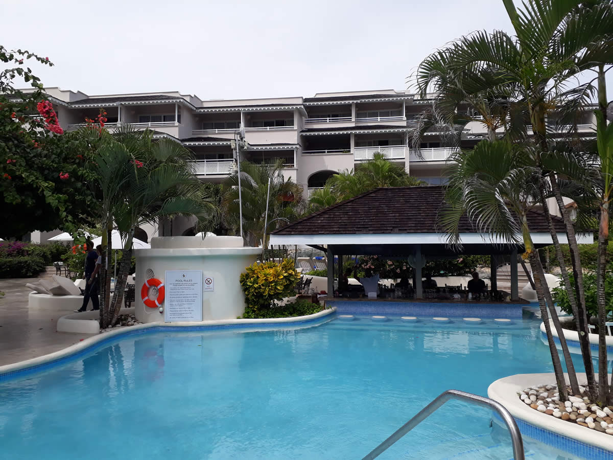 hotel, hurricane resistant windows